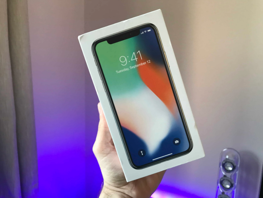 iphone X box packaging